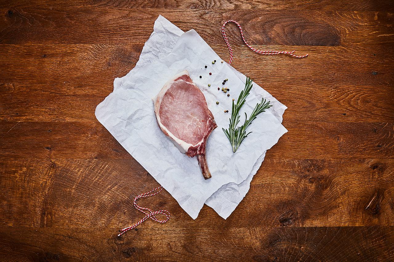 Sattelschwein-Kotelett