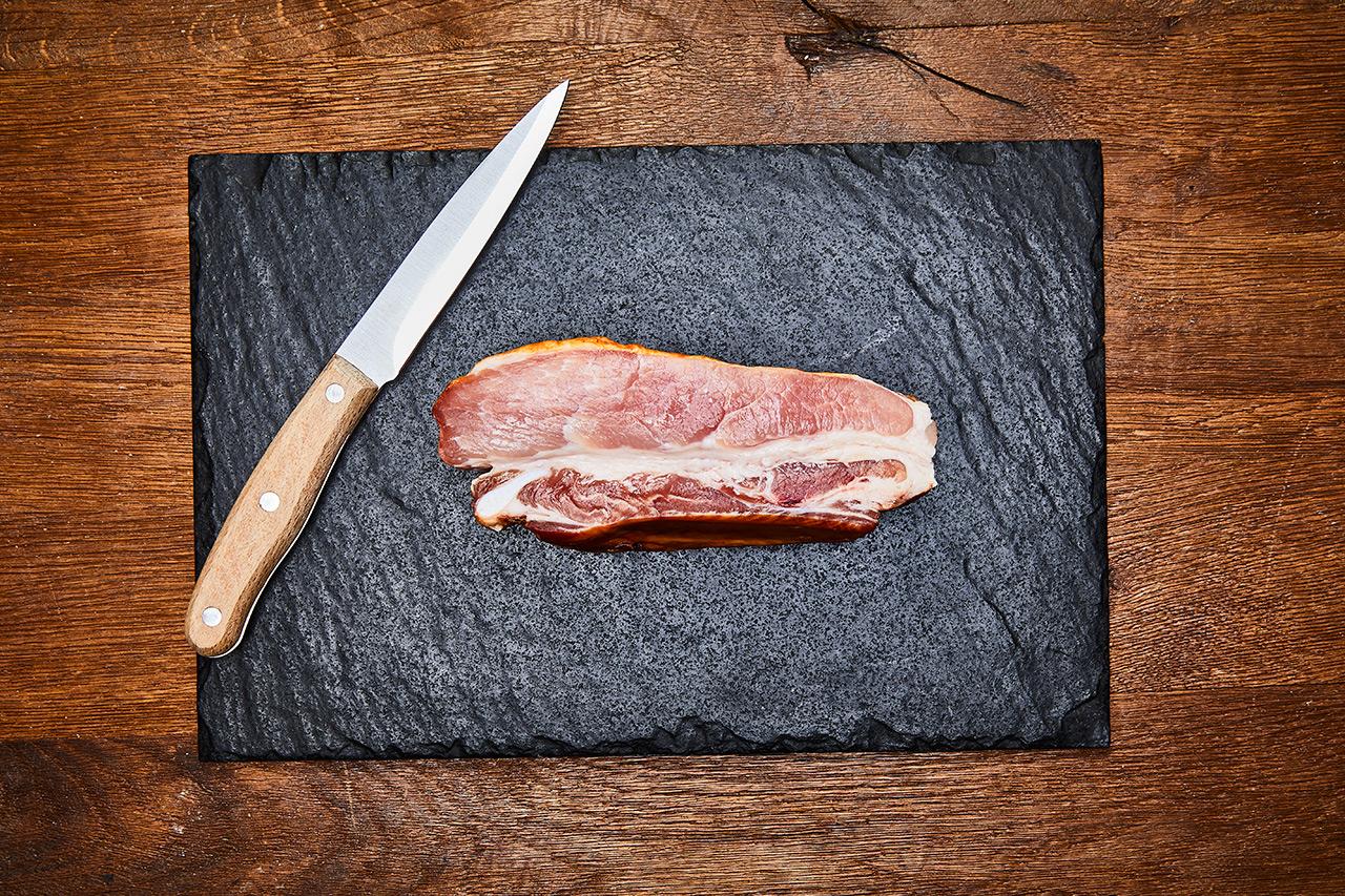 Dicke Rippe vom Schwein geräuchert